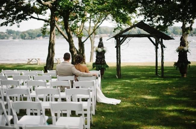 Plum Lakeside Ohio Wedding {Mindy Sue Photography} 18