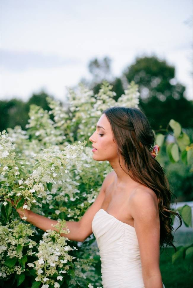 Wildflower Bridal Inspiration at Stray Cat Flower Farm {The Light + Color} 13