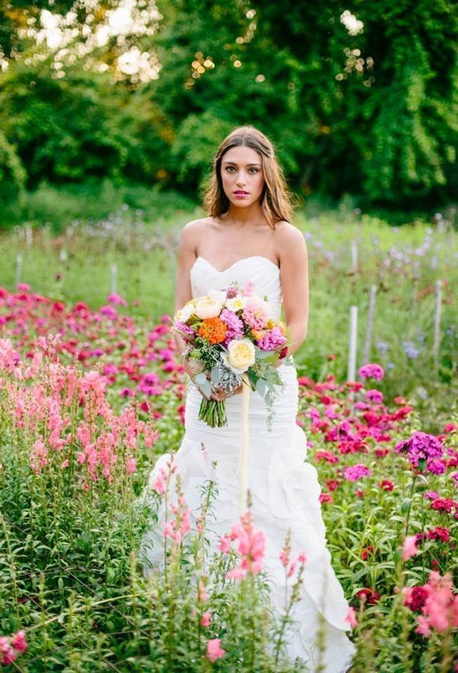 Wildflower Bridal Inspiration at Stray Cat Flower Farm {The Light + Color} 3