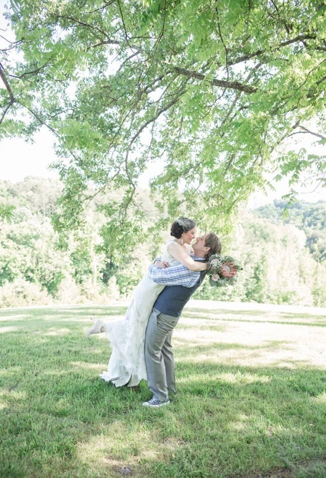 DIY Wedding in the Smoky Mountains {Star Noir Studio} 17