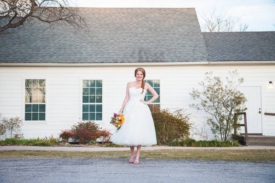 Colorful + Bright Styled Shoot {Thompson Pictures} 13