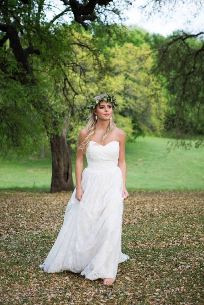 Peach + Blush Garden Wedding Inspiration {Shelly Taylor Photography} 18