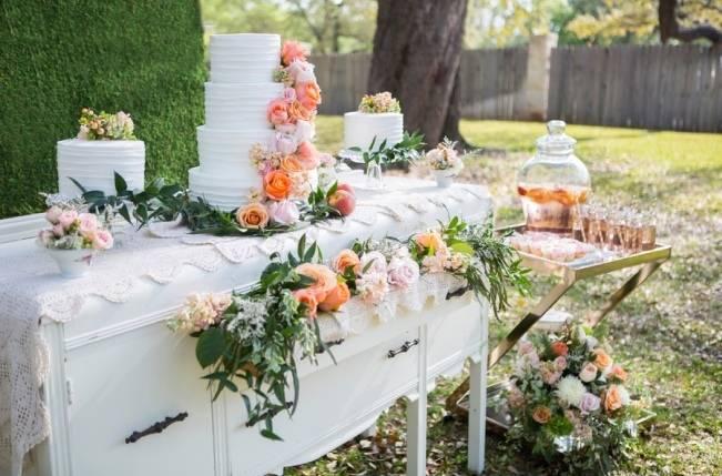 Peach + Blush Garden Wedding Inspiration {Shelly Taylor Photography} 5