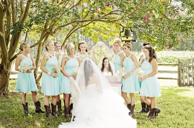 Southern Vintage Barn Wedding at Starrsville Plantation {Andie Freeman Photography} 12