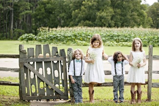 Southern Vintage Barn Wedding at Starrsville Plantation {Andie Freeman Photography} 21
