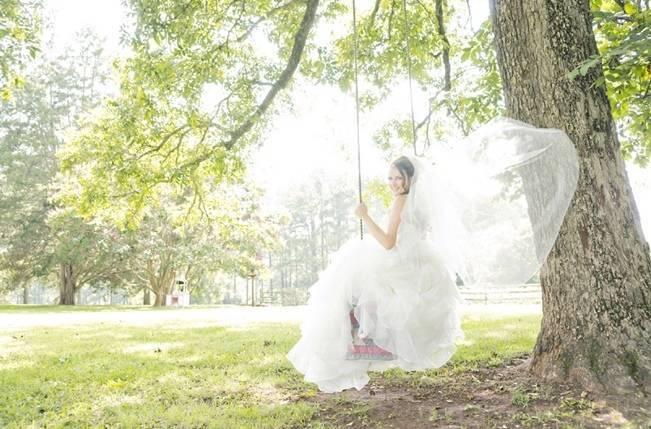Southern Vintage Barn Wedding at Starrsville Plantation {Andie Freeman Photography} 9
