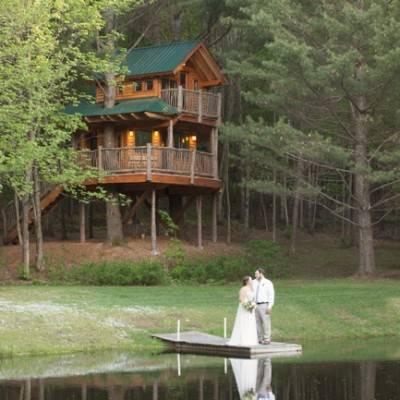 Vermont Treehouse Elopement {Somerby Jones Photography}