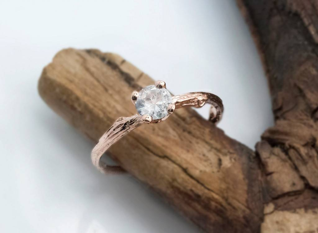 efratdeutsch.etsy.com Unique Eco-friendly Engagement Ring, September Birthstone, white sapphire, prong setting, rose gold