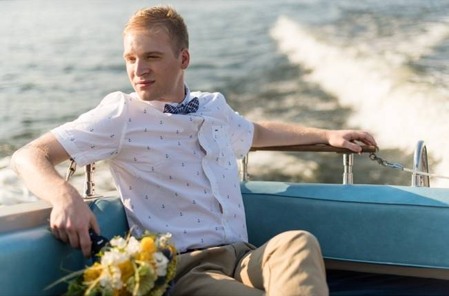 Love Sets Sail Vermont Lakeside Wedding Inspiration 10