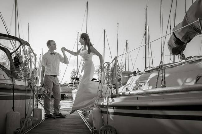 Love Sets Sail Vermont Lakeside Wedding Inspiration 14