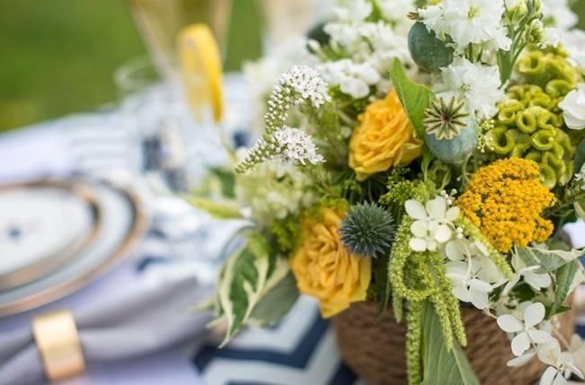 Love Sets Sail Vermont Lakeside Wedding Inspiration 19
