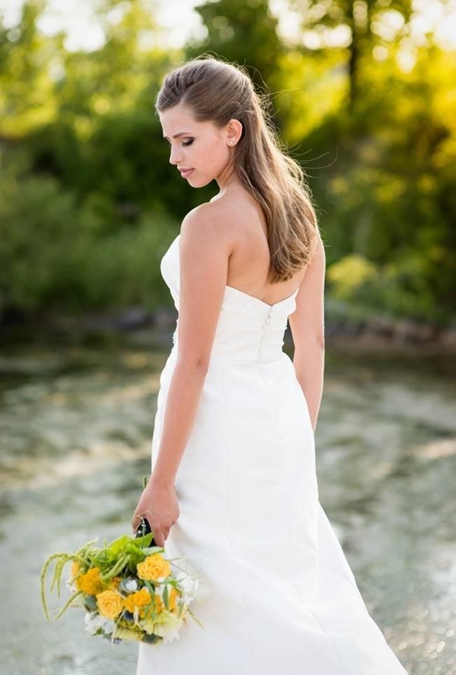 Love Sets Sail Vermont Lakeside Wedding Inspiration 7