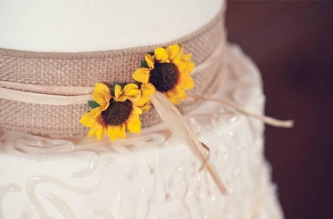 Rustic Pennsylvania Sunflower Wedding at Friedman Farms 27