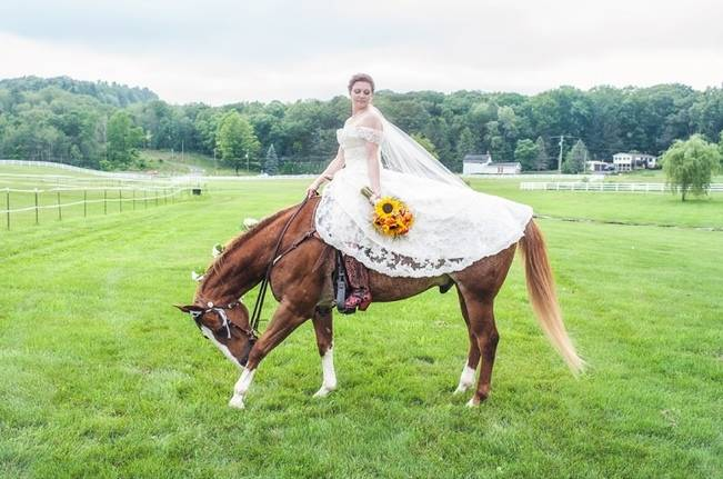 Rustic Pennsylvania Sunflower Wedding at Friedman Farms 5