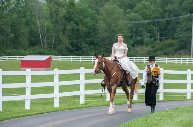 Rustic Pennsylvania Sunflower Wedding at Friedman Farms 7