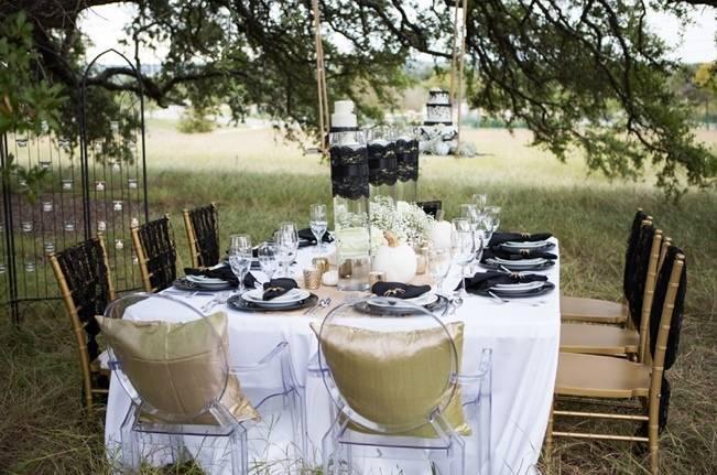 Fall Harvest + Halloween Wedding Inspiration {Shelly Taylor Photography} 9