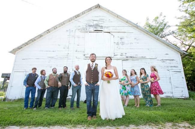 Funky & Bright Farmhouse Wedding {M & E Photo} 18