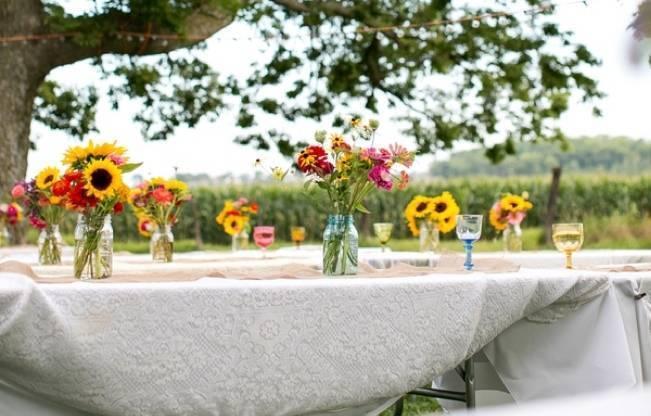 Funky & Bright Farmhouse Wedding {M & E Photo} 22