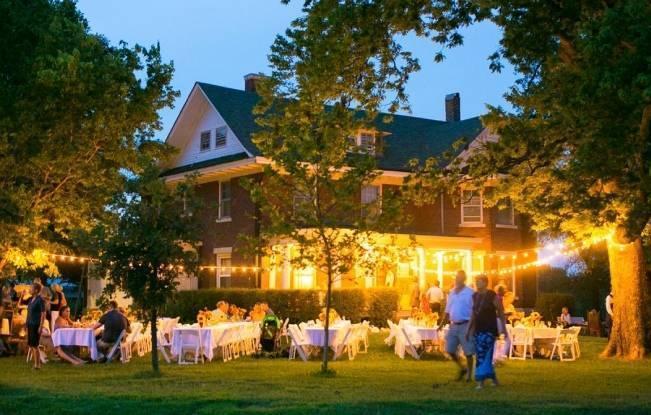 Funky & Bright Farmhouse Wedding {M & E Photo} 24