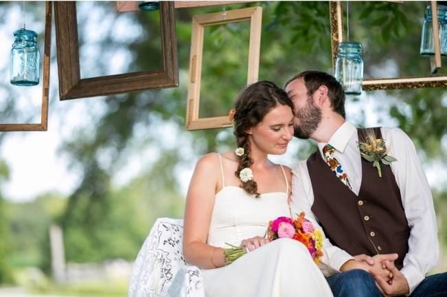 Funky & Bright Farmhouse Wedding {M & E Photo} 9