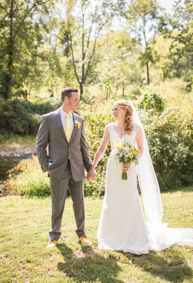 Rustic Outdoor Yellow and Grey Wedding {Idalia Photography} 11
