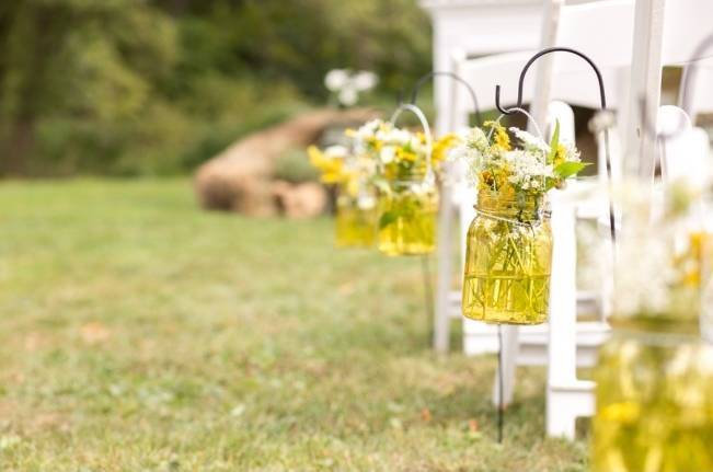 Rustic Outdoor Yellow and Grey Wedding {Idalia Photography} 14