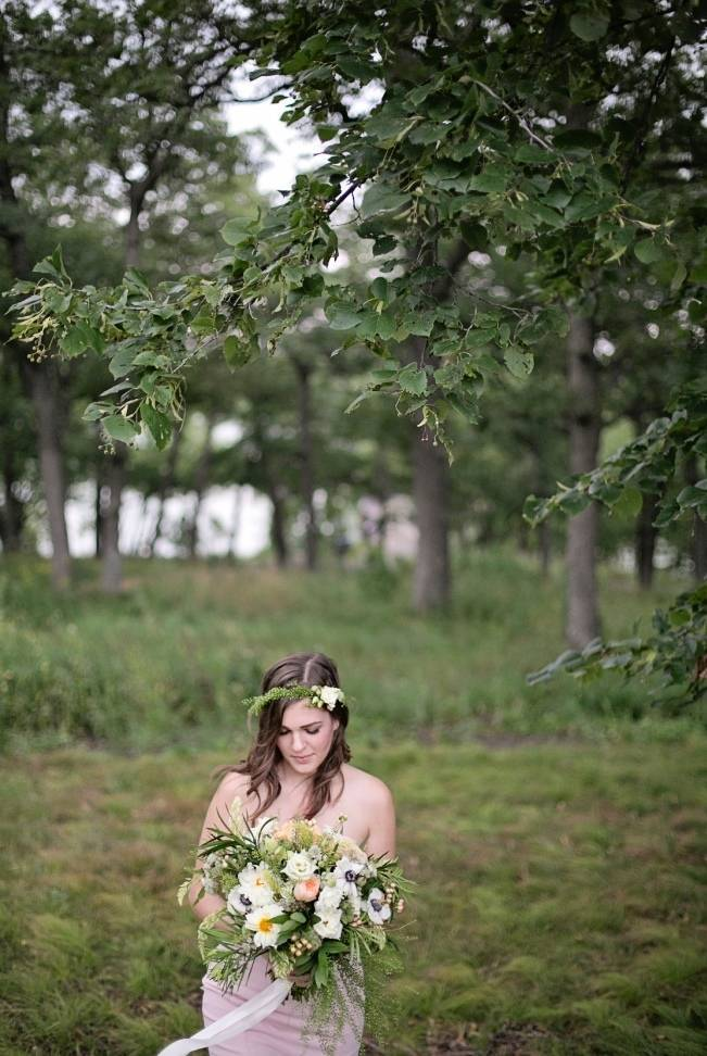 Woodsy Glamour Bridal Shoot {Bella Notte Photography} 18