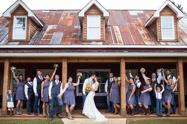 Autumn Country Barn Wedding at 9 Oaks Farm, Georgia {Claire Diana Photography} 19