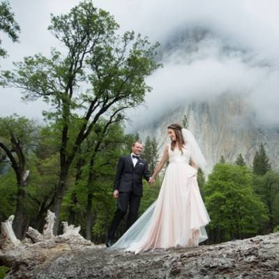 Misty Purple + Green Yosemite Valley Wedding {Duende Photo}