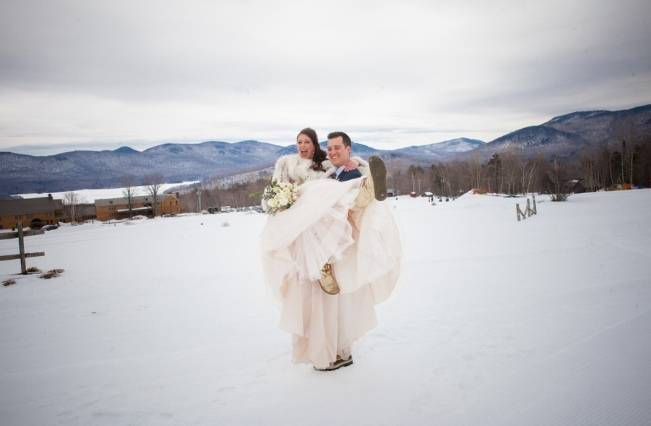 Snowy Winter Wedding in Vermont {Kathleen Landwehrle Photography} 7