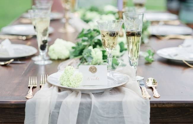 White + Lavender Springfield Manor Shoot {Red October Photography} 10