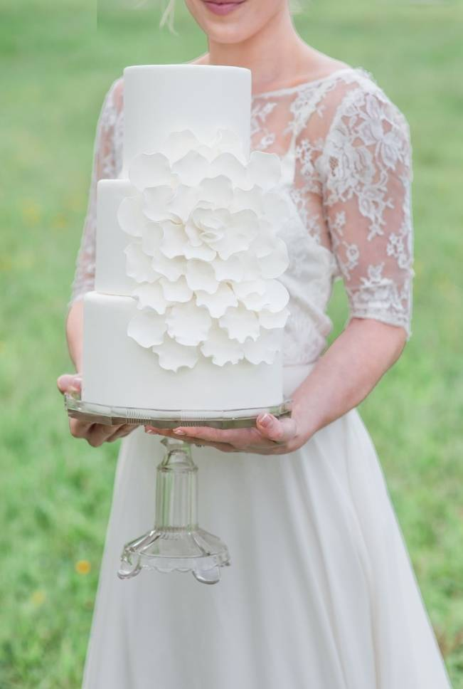 White + Lavender Springfield Manor Shoot {Red October Photography} 15