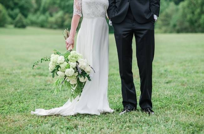 White + Lavender Springfield Manor Shoot {Red October Photography} 9