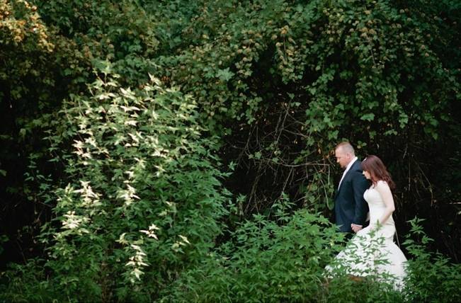 Beautiful Outdoor Oregon Wedding Reception at Ron's Pond {Kel Ward Photography} 8