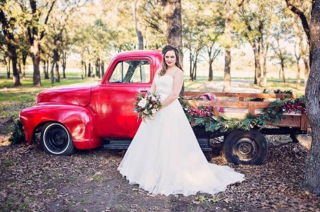 Christmas Styled Wedding Shoot {Shelly Taylor Photography} 1