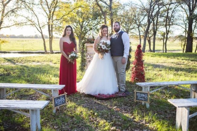 Christmas Styled Wedding Shoot {Shelly Taylor Photography} 5
