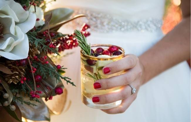 Christmas Styled Wedding Shoot {Shelly Taylor Photography} 9