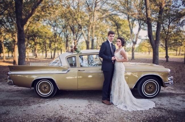 Elegant Fall Barn Wedding at Vintage Oaks Ranch {Shelly Taylor Photography} 2