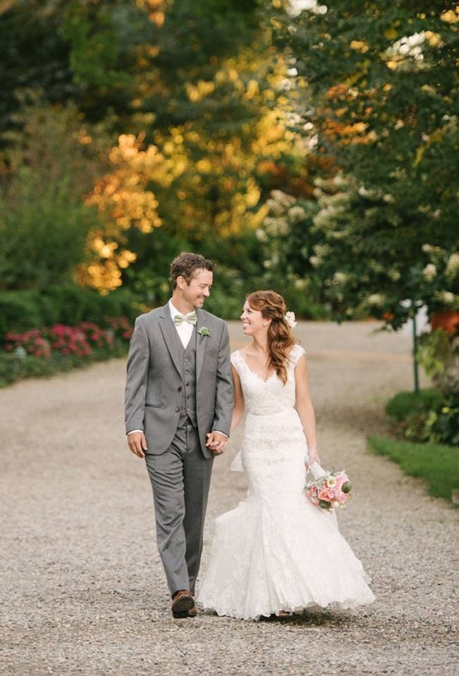 Garden Wedding at Southern Exposure Herb Farm {Allie Siarto Photography} 14