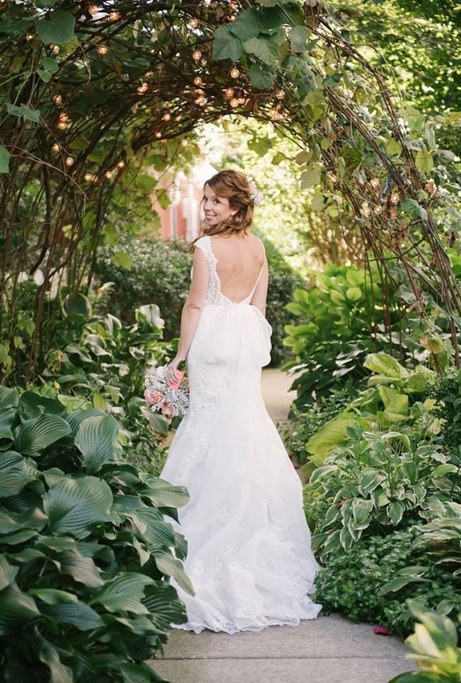 Garden Wedding at Southern Exposure Herb Farm {Allie Siarto Photography} 9