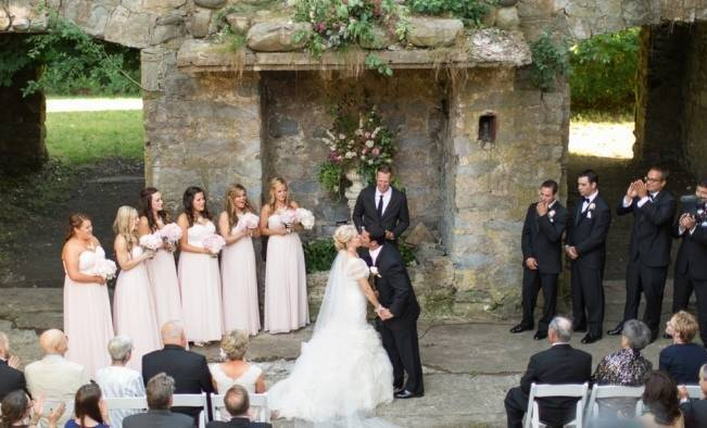 New England Castle and Barn Wedding at Gibbet Hill 11