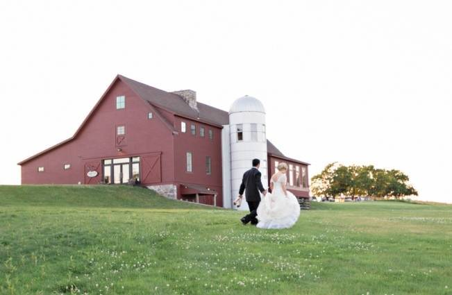 New England Castle and Barn Wedding at Gibbet Hill 18