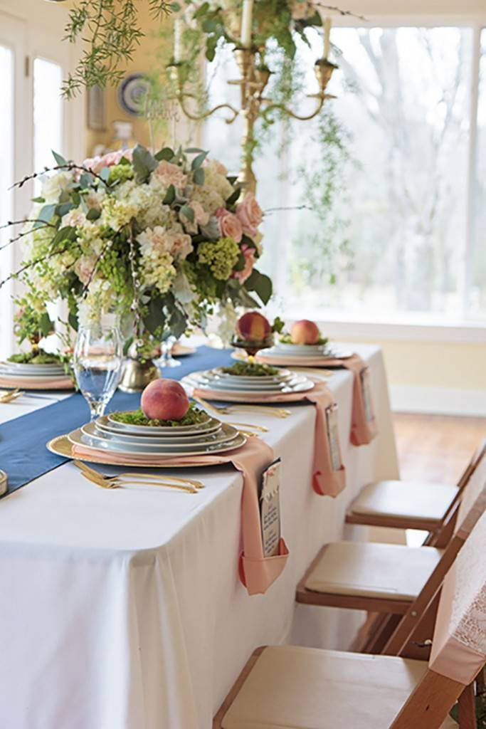 Peach + Gold Early Spring Wedding Inspiration 5