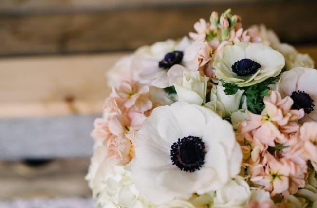 Rustic Wisconsin Inspired Wedding Style at Maidenwood Lodge 1