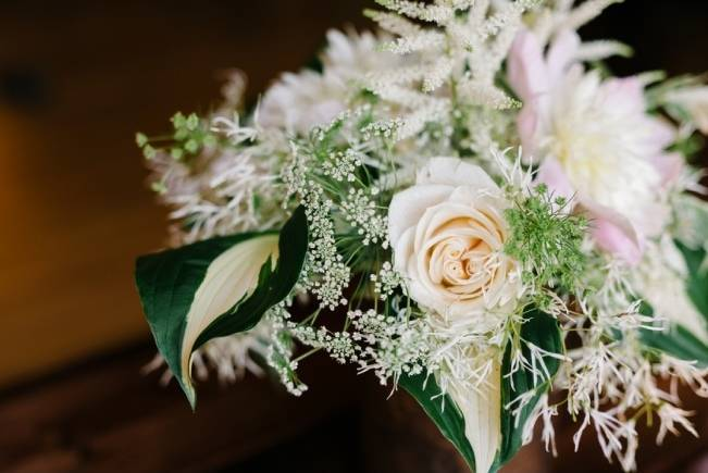 Rustic Wisconsin Inspired Wedding Style at Maidenwood Lodge 5