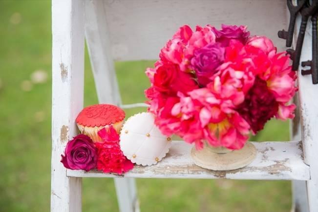 Fuchsia Floral Valentine Bridal Shoot 6