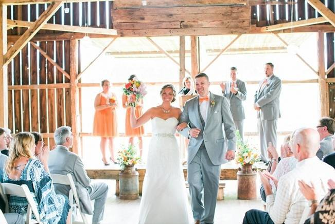 Rustic + Bright Wisconsin Wedding at the Enchanted Barn 12