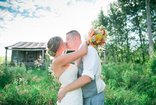 Rustic + Bright Wisconsin Wedding at the Enchanted Barn 13