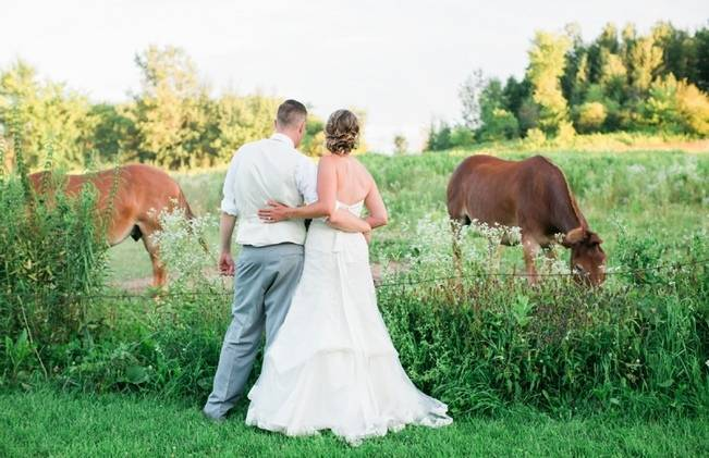 Rustic + Bright Wisconsin Wedding at the Enchanted Barn 15