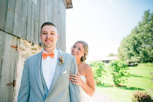 Rustic + Bright Wisconsin Wedding at the Enchanted Barn 3